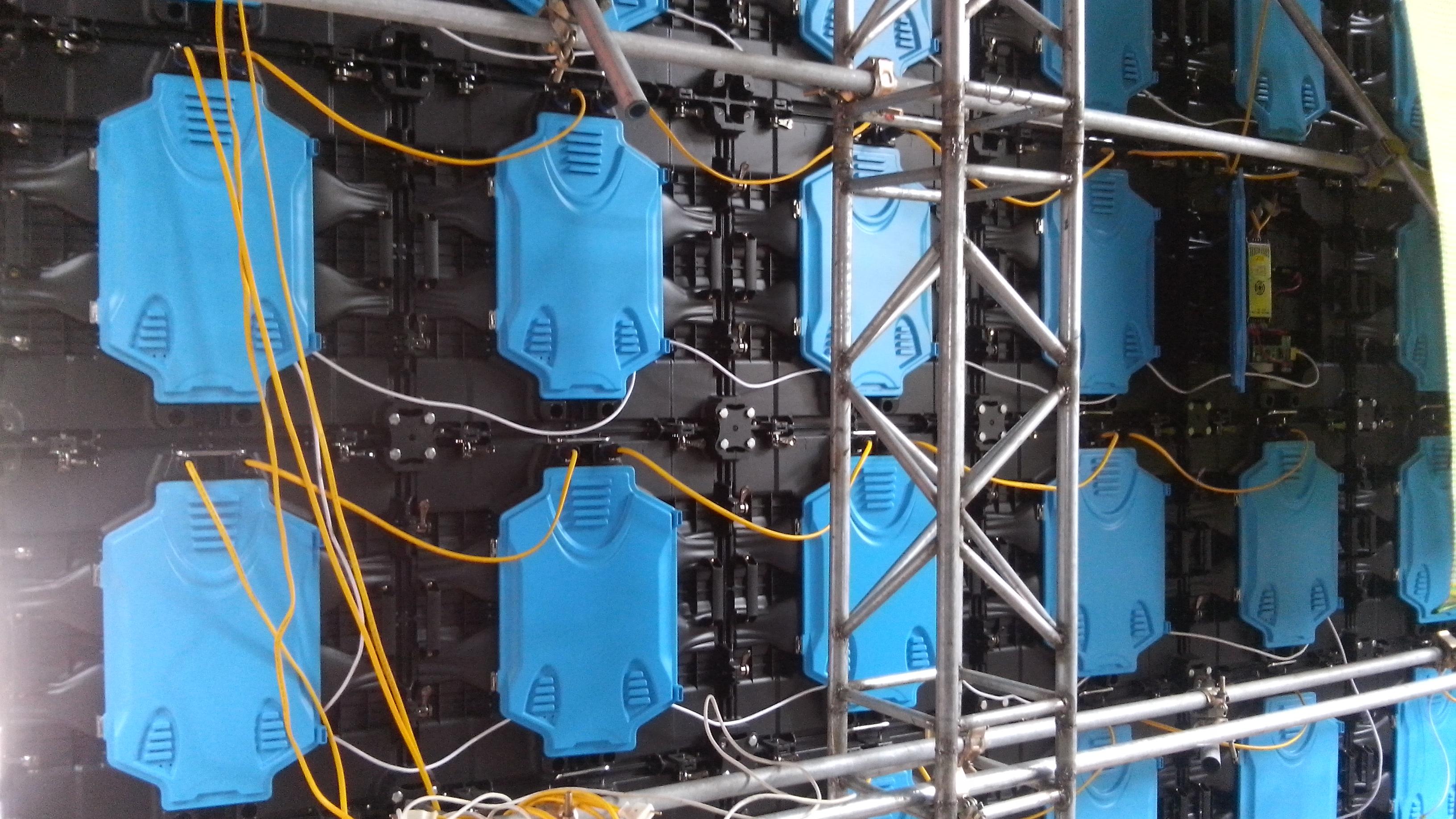 Lắp ghép cabin có dàn không gian đỡ LED BECO